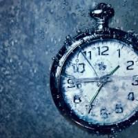 klok met tijden
